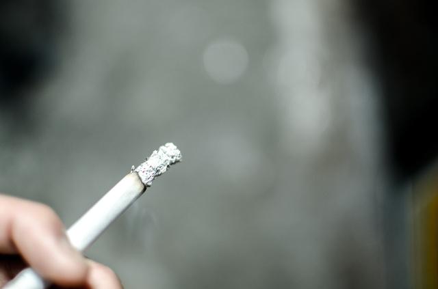 タバコ代がカッターを使えば節約できる?タバコ節約術を解説!